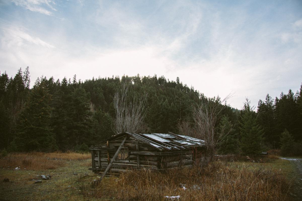 Bangunan terbengkalai di bekas kota tambang British Columbia