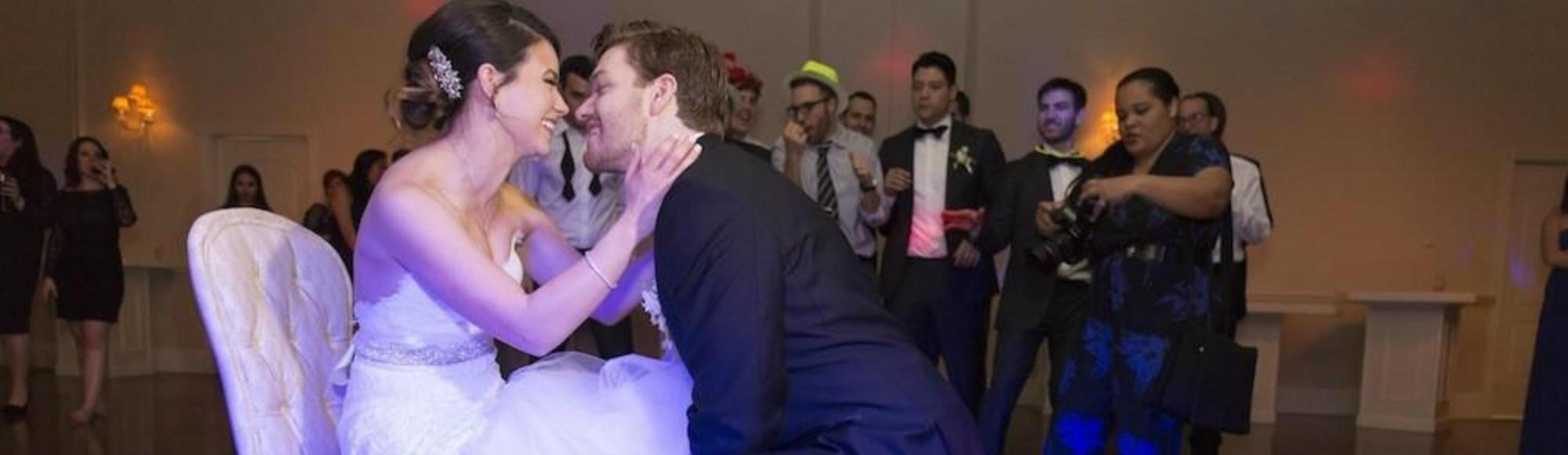 Cum e să te căsătorești la 20 de ani