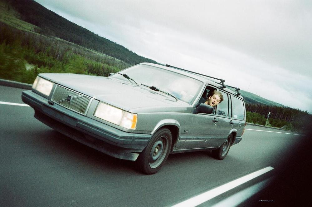 Mac in a Car.