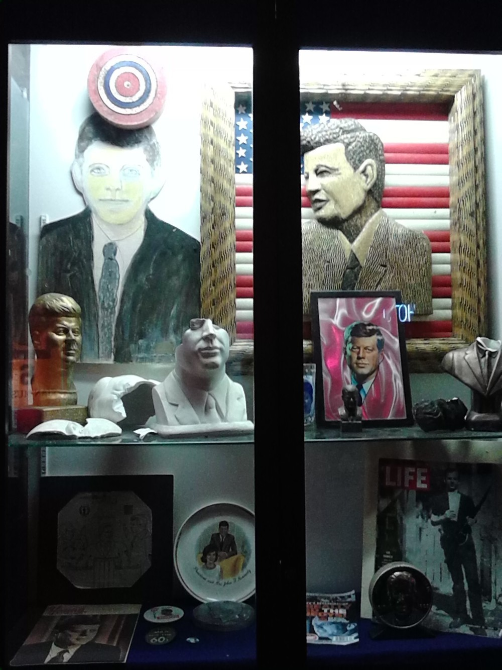 An exhibit on presidential-forehead gunshot wounds