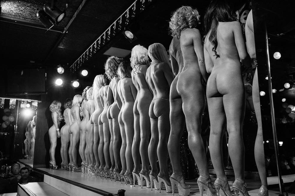 Miss Nude Black 72