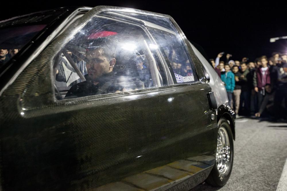 Αυτά Είναι τα πιο «Πειραγμένα» Αυτοκίνητα της Αθήνας