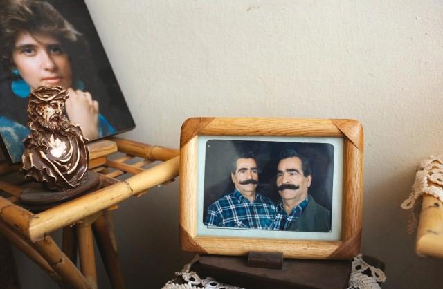 Les icônes et photos de famille d'un homme (il a refusé de donner son nom) à Maaloula.