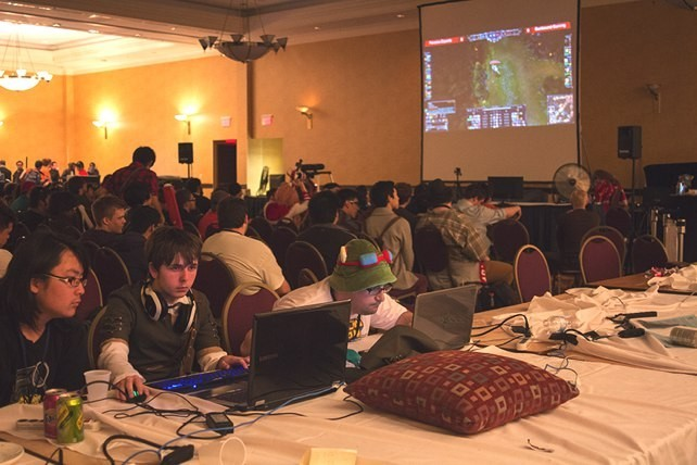 A gigantic Starcraft 2 LAN party held in the Sheraton Hotel.